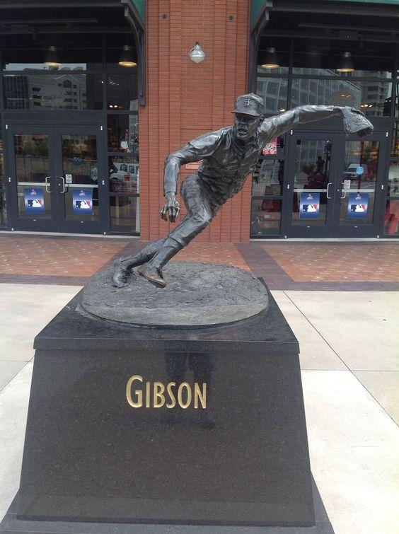 Bob Gibson Statue