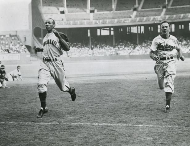 George Case vs. Jesse Owens