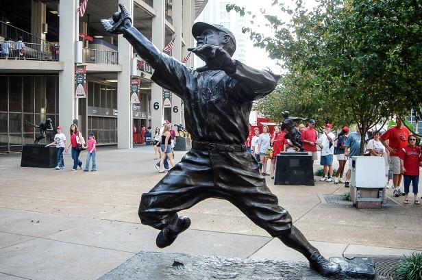 George Sisler Statue - Busch Memorial