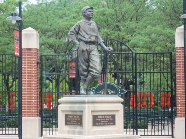 Babe Ruth Statue - Camden Yards