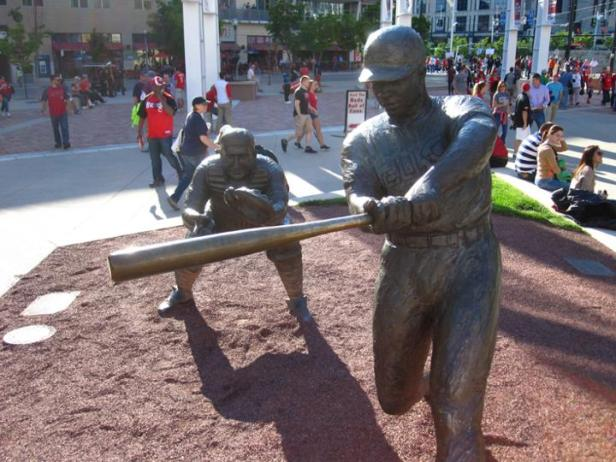 Frank Robinson Statue - GABP