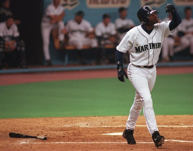 Griffey Last Kingdome home run.jpg