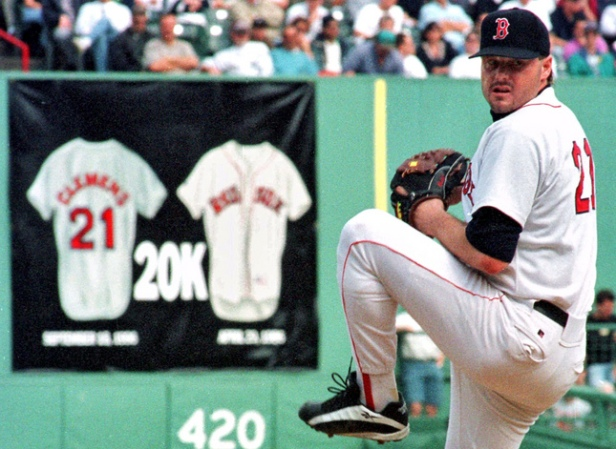 FEN01 ROGER CLEMENS PITCHES POSSIBLY FINAL BOSTON GAME