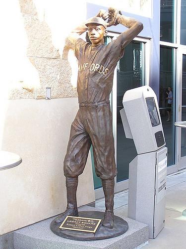 Satchel Paige Statue, PNC Park