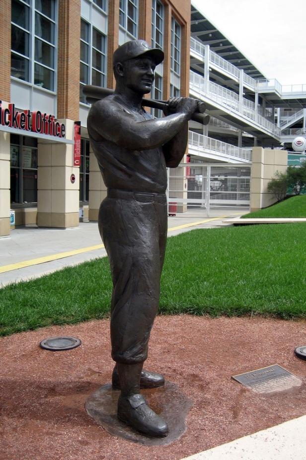 Ted Kluszewski Statue