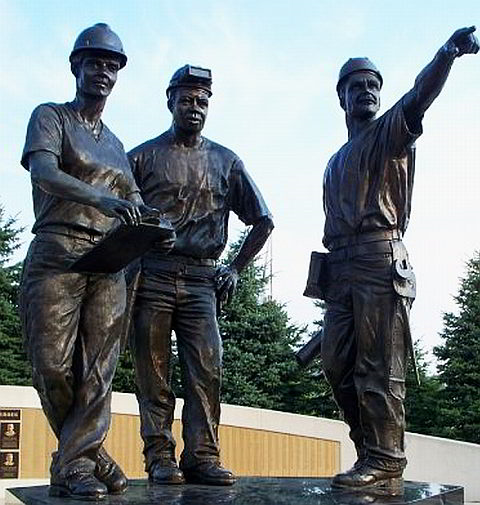 Workers Statue - Miller Park